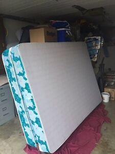 2 set of queen size of mattress  Prince George British Columbia image 2