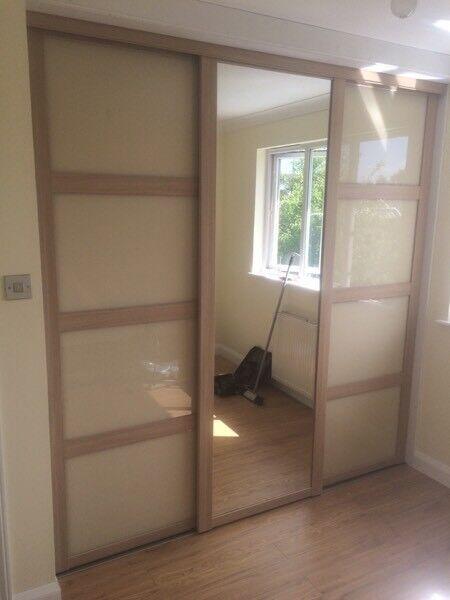 Mirror wardrobe sliding doors