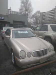 2001 Mercedes-Benz E-Class AWD, SUNROOF, LEATHER