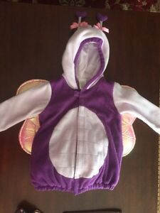 Girl Butterfly Costume size 4-5 from old navy