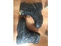 Heavy duty boots cheap at £30 cheap