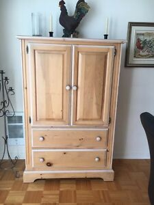 bureau dans saint jean sur richelieu meubles petites annonces class es de kijiji. Black Bedroom Furniture Sets. Home Design Ideas