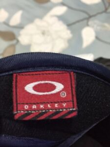 Oakley hockey gloves Moose Jaw Regina Area image 5