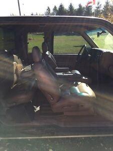 1997 Chevy Silverado 4x4 London Ontario image 9
