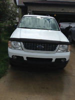 2003 Ford Explorer XLT SUV, Crossover