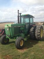 4640 JD 2WD tractor with duals.