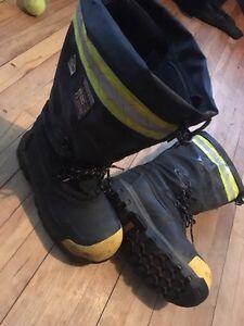 Size 11 Dakota steel toe winter boots Cornwall Ontario image 2