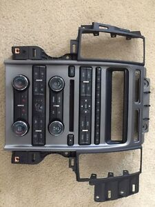2010 Ford Taurus OEM single den with CD player Cambridge Kitchener Area image 3
