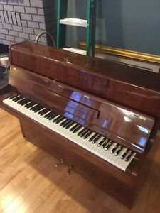 Samick piano for sale Prince George British Columbia image 2