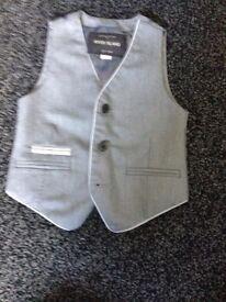 Boys RiverIsland suit