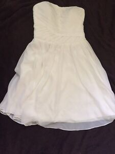 Size 16 never worn knee length formal/wedding dress