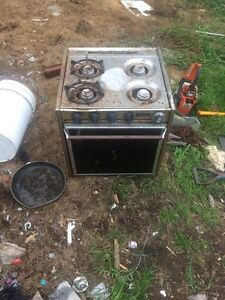 Camping trailer stove Kingston Kingston Area image 1