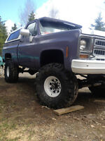 1978 lifted chevy shortbox with intercos never seen mud yet.