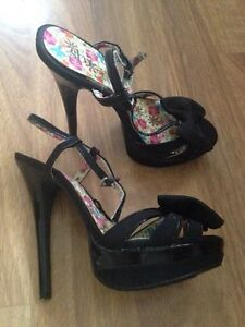 Shi by journey heels London Ontario image 2