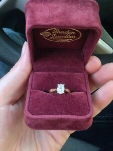 1.02ct oval cut 14kt diamond engagement ring trade or sell