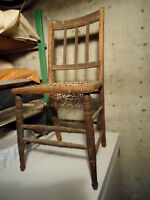 PAIR OF ANTIQUE COUTRY CHAIRS
