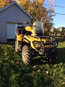 Can-Am Outlander max 650