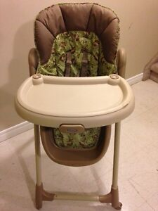 High Chair - GRACO  London Ontario image 2