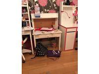 Child's desk - toddler - p3