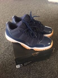 Air Jordan 11 Low - Navy/Gum- UK 10