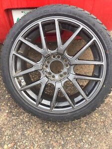 """18"""" inch rims with lowprofile all season tires"""