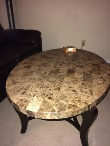 coffee table London Ontario image 1