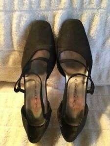 Tender Tootsies Black Dress Shoes