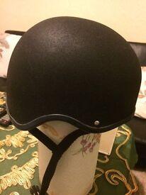 Ridding helmet junior champion