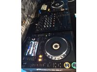 Pair Cdj 2000 nexus and djm 700 mixer, mint condition, all boxes and leads
