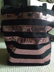 VICTORIA SECRET TOTE WITH TAGS London Ontario image 1