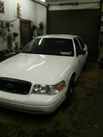 2009 Ford Crown Victoria-New 2 Year MVI-Works and drives good!