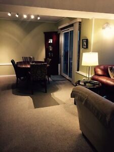 Three bed 1 bath suite all included Campbell River Comox Valley Area image 3
