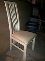 Table and 6 Oak chairs set - $165 for all, need to clear space!