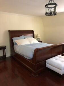 """King Street"""" Sleigh Bed by Thomasville (Queen)"""