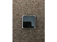 IPOD NANO 6TH 8GB LIKE BRAND NEW + OFFICIAL CHARGER FULLY WORKING .