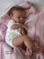 Poupée réaliste (bébé reborn, reborn doll)