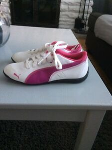 Girls pumas Cambridge Kitchener Area image 1