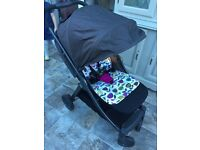 MAMAS & PAPAS ARMADILLO BLACK/CHARCOAL PUSHCHAIR - EXCELLENT CONDITION