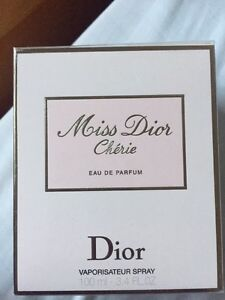 Miss Dior Chérie eau de parfum  West Island Greater Montréal image 1
