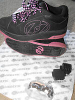GIRLS SIZE 4 HEELY'S ROLLER SHOES BLACK WITH PINK