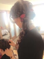 HAIR STYLING ! Special events , weddings , photoshoots . Mobile