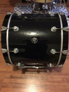 "DW HVX 22"" Maple Bass Drum Kingston Kingston Area image 4"