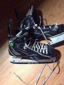 patin de hockey. Reebok 20k