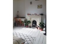 GREAT DOUBLE BEDROOM IN NICE FLAT AVAILABLE NOW, ONLY 7 MINS TO MANOR HOUSE TUBE