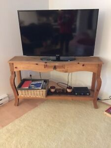 Pine Hutch and coffee table set