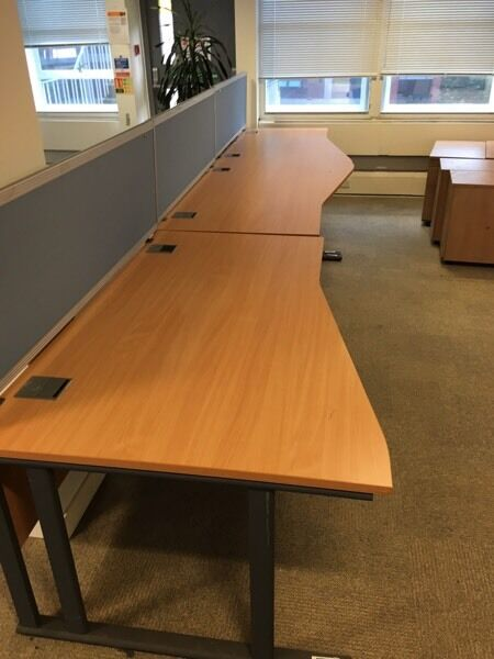 7 x lovely condition office desks on clearance @ just £25