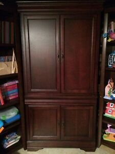 Armoire - excellent condition