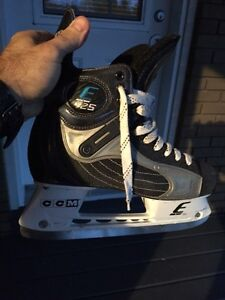 Patins Easton e25 comme neuf West Island Greater Montréal image 1