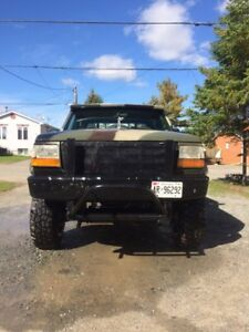 95 f350 manual. Needs nothing for safety