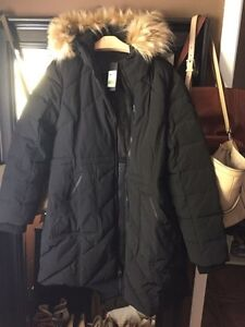 Women's winter Gues Coat  new with tags